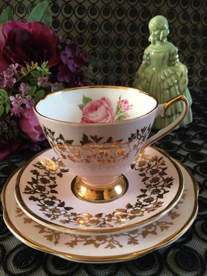 Pink-china-trio-vintage